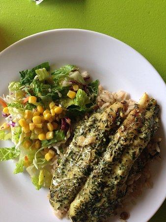 Nevis: Delicious grouper