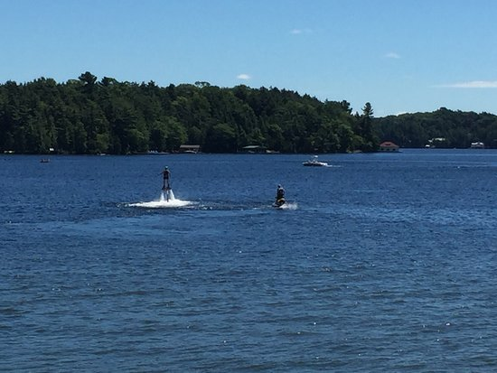 Muskoka Lakes, Canada: Great staff fun activities and wonderful Views