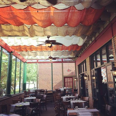 Rocky Hill, CT: Patio Dinning