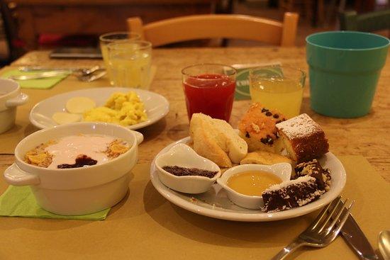 Montespertoli, Italia: Breakfasts!