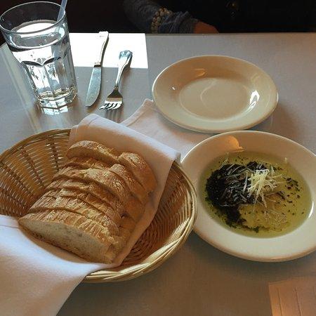 Watsonville, Kalifornien: The Fish House Bar & Grill
