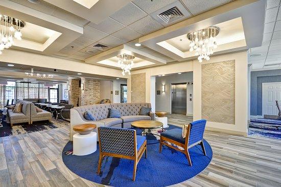 Homewood Suites by Hilton Boston-Peabody : Lobby