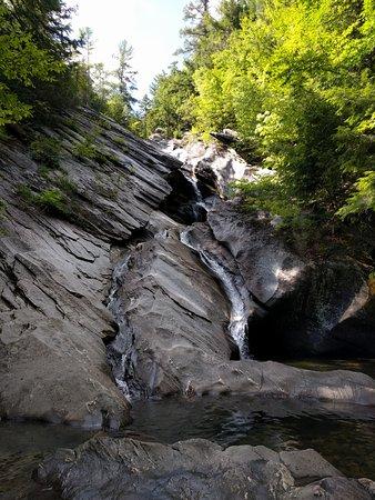 Jamaica State Park Campground: Hamilton Falls