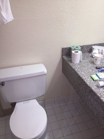 Keokuk, IA: No toilet paper holder. For $129 a night, they can afford a holder....