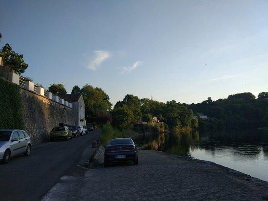Pessac-sur-Dordogne, Fransa: IMG_20160729_204050_large.jpg