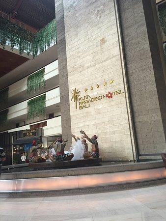 Kuta Paradiso Hotel Photo
