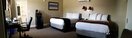 Middleton, Canadá: Standard room w two double beds