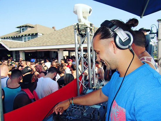 Flynn's Fire Island: Djing out on the deck!