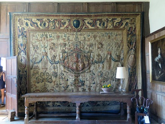 Haddon Hall: A tapestry