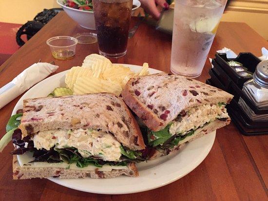 Jon & Patty's Coffee Bar & Bistro: Jon & Pattys is the best in ocean city nj.