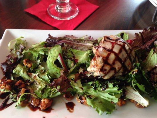 Newburyport, MA: roasted pear salad