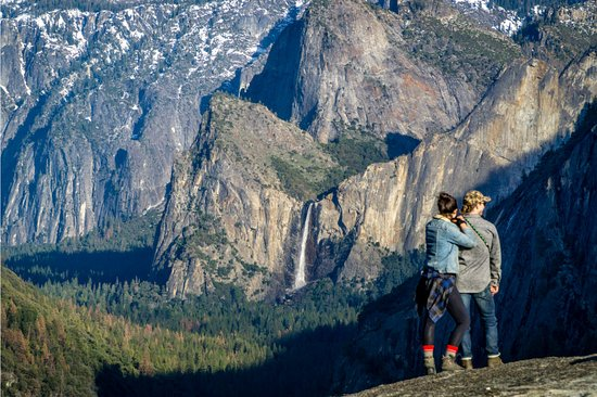 Yosemite National Park, CA: A perfect view of Bridalveil Falls from lower Turtleback Dome
