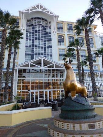 The Table Bay Hotel: photo0.jpg
