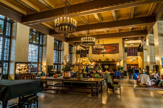Yosemite National Park, CA: The world famous Yosemite Majestic Hotel Grand Hall