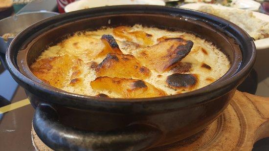 Amman Governorate, Yordania: Kafta Bil Taheena (Meat)