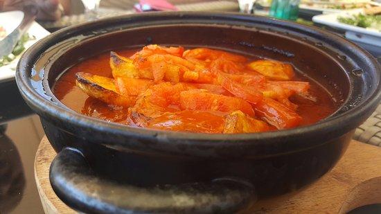 Amman Governorate, Yordania: Kafta with Tomatoes