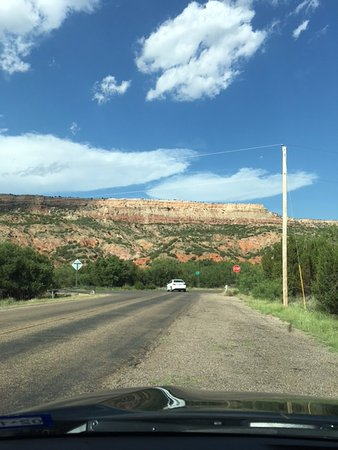 Palo Duro Canyon State Park: Looking up at the rim before driving out.