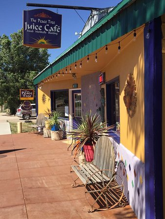 Monticello, UT: Peace Tree Juice Cafe