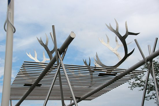 Karasjok, Norway: Raindeers' horns on the gate