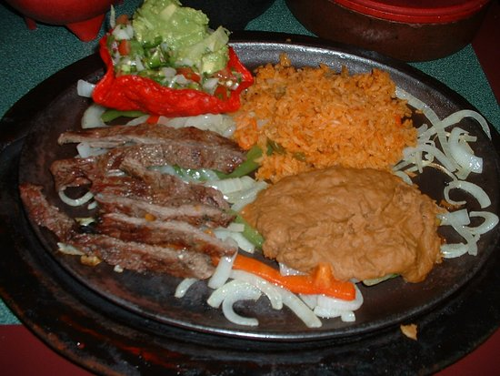 Caldwell, TX: Beef Fajitas for one