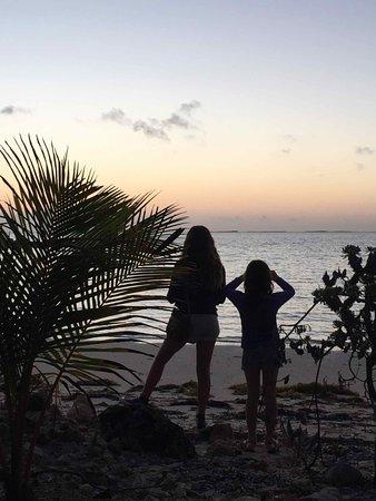 Small Hope Bay Lodge: Sunrise