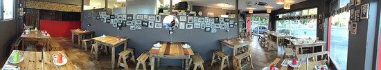 Edge Hill, Австралия: Samgasat Restaurant