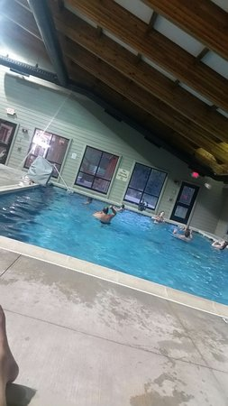 Timber Creek Inn & Suites: 20160728_202650_large.jpg