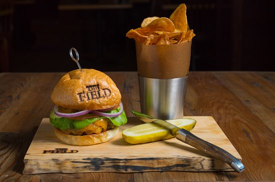 State College, PA: The Field Burger