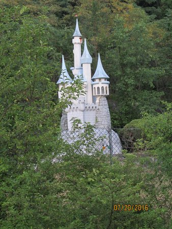 Haverhill, MA: Fantasy Land side - Castle