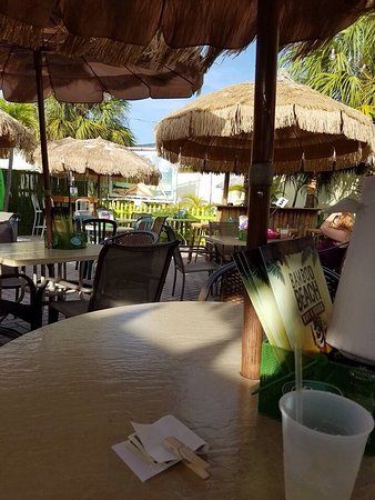 Bamboo Beach Bar and Grill: photo0.jpg