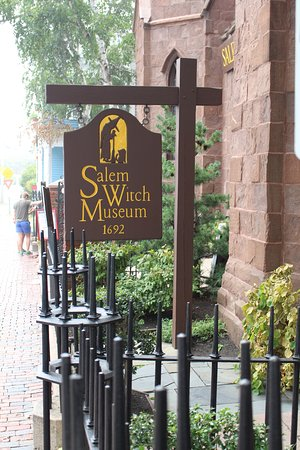 Salem Witch Museum: Sign