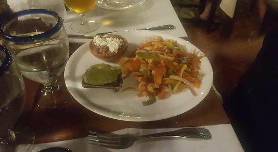 Los Barriles Restaurant & Bar: photo0.jpg