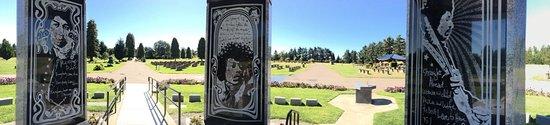 Jimi Hendrix Grave Site照片