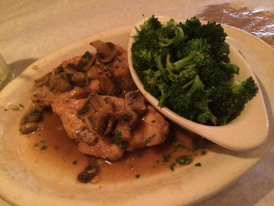 Naperville, IL: Chicken Marsala Ordered without Pasta