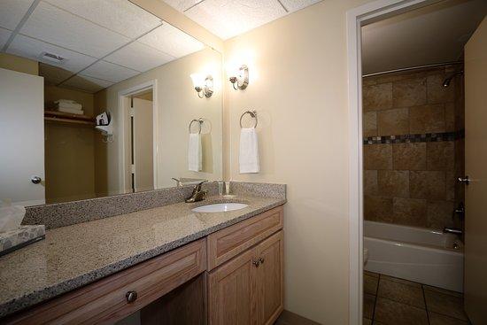 Silver Gull Motel: Clean brand new bathrooms