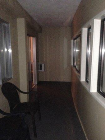 Coast Penticton Hotel: Suite 211 Balcony.