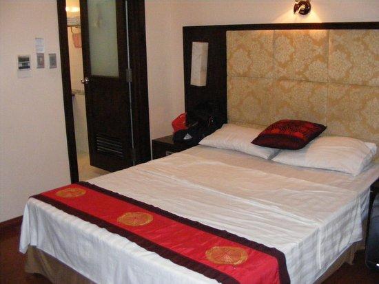 Lao Cai, เวียดนาม: Một phòng Superior Single như thế này giá tối thiểu phải 800K/đêm.