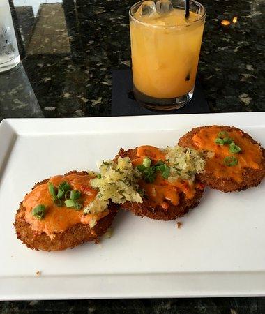 Vienna, VA: Ree-donkulous fried green tomatoes with my smoky sangria!