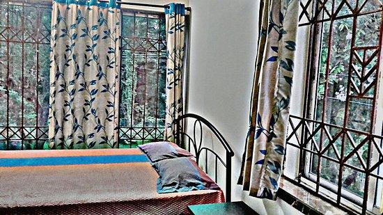 Poushali Hotel