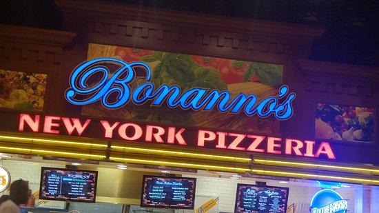 Bonanno's New York Pizzeria: The Bonanno's location at the MGM Food Court
