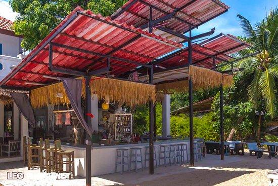 At Beach Bed & Bar: beach bar