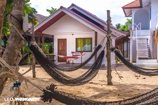 At Beach Bed & Bar: ocean front bungalow