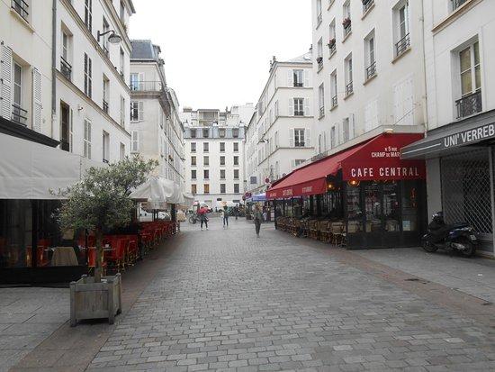 Hotel du Champ de Mars Photo