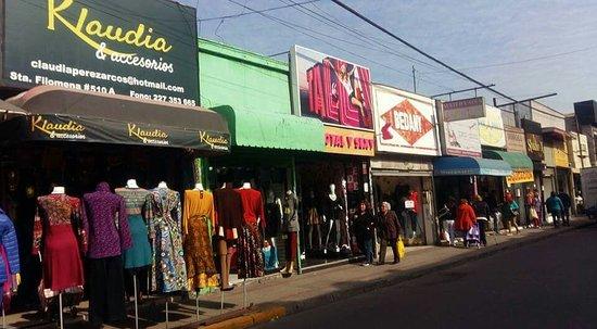 Santiago de Chile. Barrio Patronato, comprar barato.  fotografía de ... fa7f4d1e68