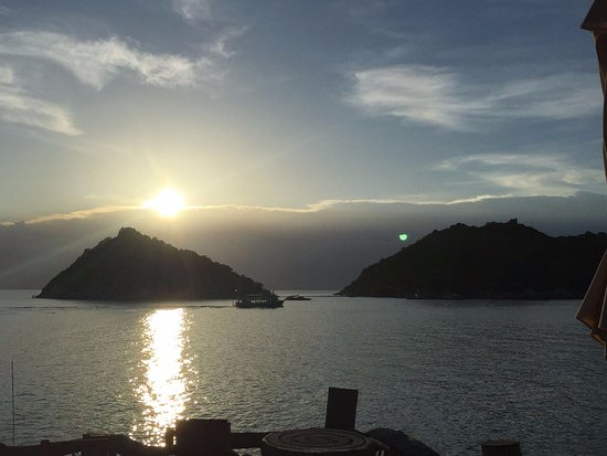 Koh Tao Cabana: שקיעה בקוטאו
