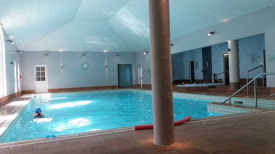 Bedford lodge hotel spa newmarket reviews photos - Suffolk hotels with swimming pool ...