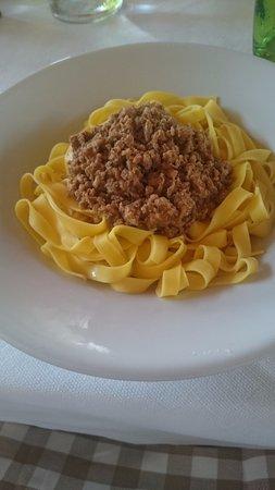 Arqua Polesine, Ιταλία: fettuccine al ragù