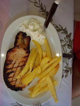 Falassarna, กรีซ: apaki. smoked pork on the grill
