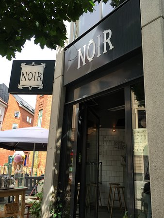 Photo of Cafe Noir Kaffekultur at 6 Engelbrektsgatan, Malmö 211 33, Sweden