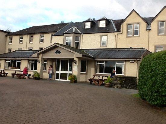 Loch Achray Hotel: Entrance